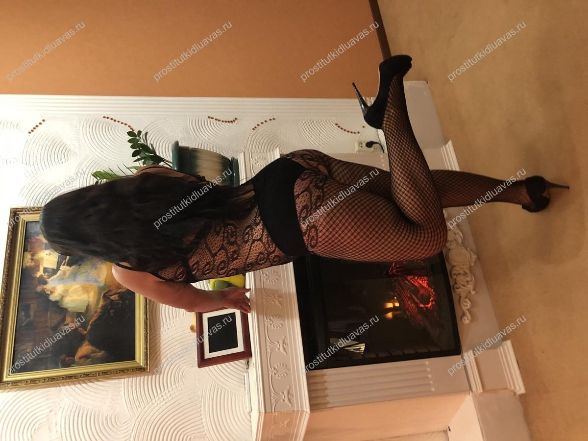 Толстая проститутка Аида